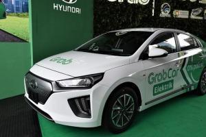 Perbandingan Hyundai Ioniq 2021 Vs Tesla Model 3, Mobil Listrik Lokal Lebih Murah dari Impor?