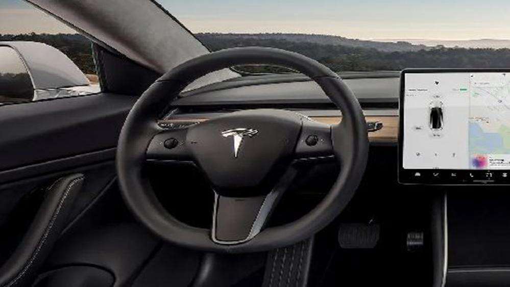 Tesla Model 3 2019 Interior 005
