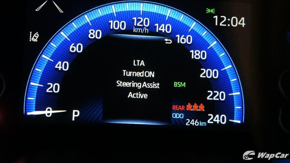 Toyota Corolla Altis 2019 Interior 015