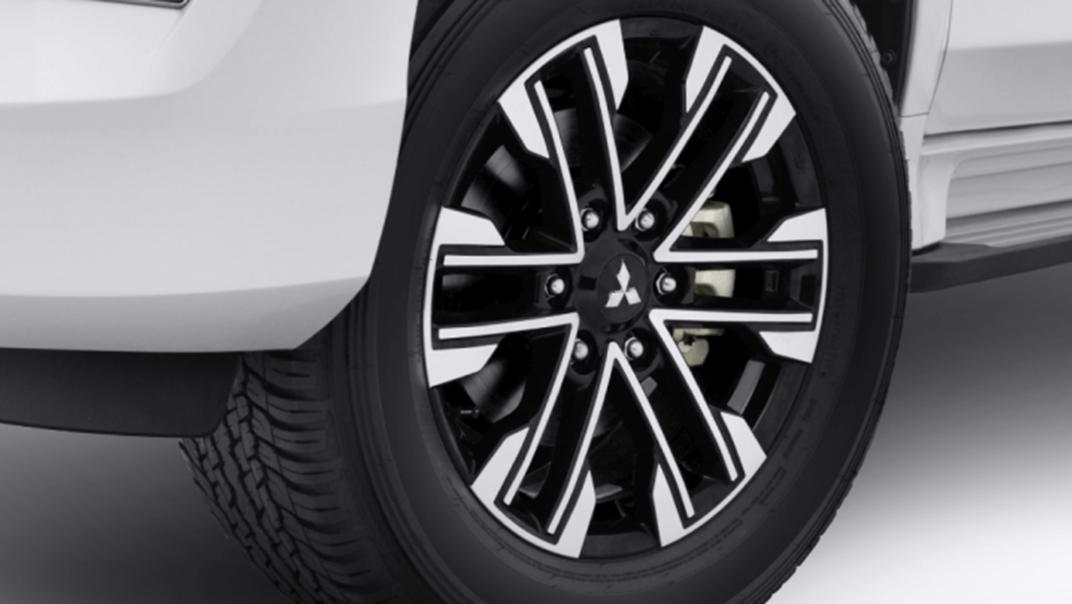 2021 Mitsubishi Pajero Sport Exterior 018