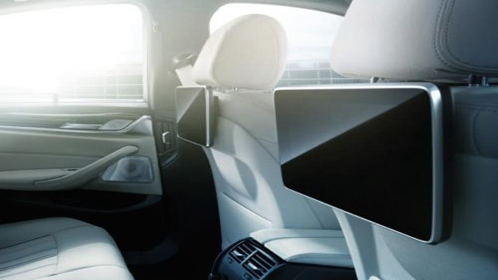 BMW 5 Series Sedan 2019 Interior 006