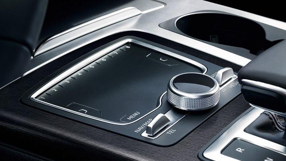 Audi Q7 2019 Interior 003