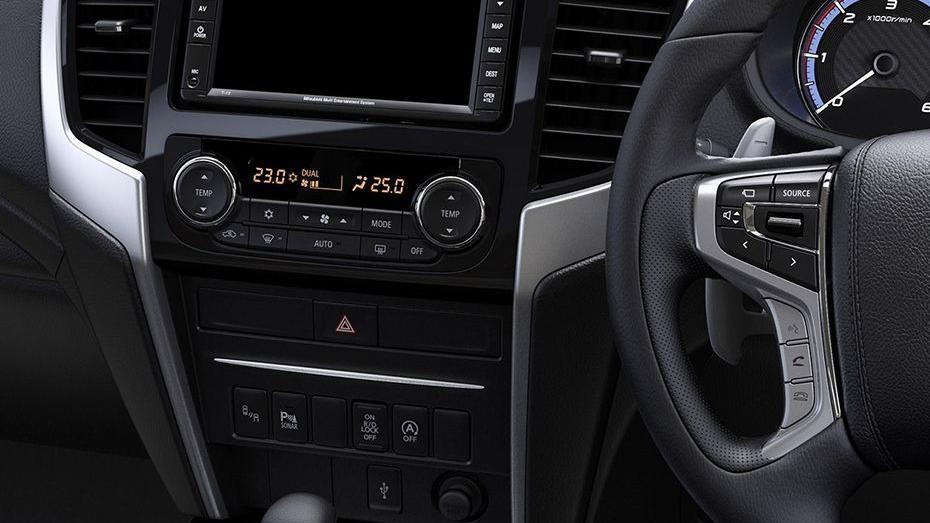 Mitsubishi Triton 2019 Interior 049