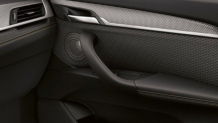 BMW X2 2019 Interior 009