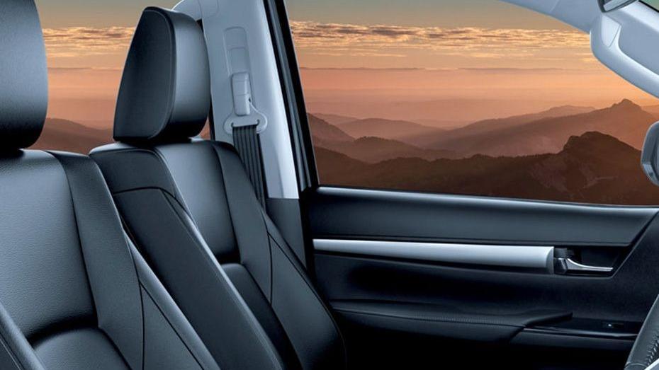 Toyota Hilux 2019 Interior 051